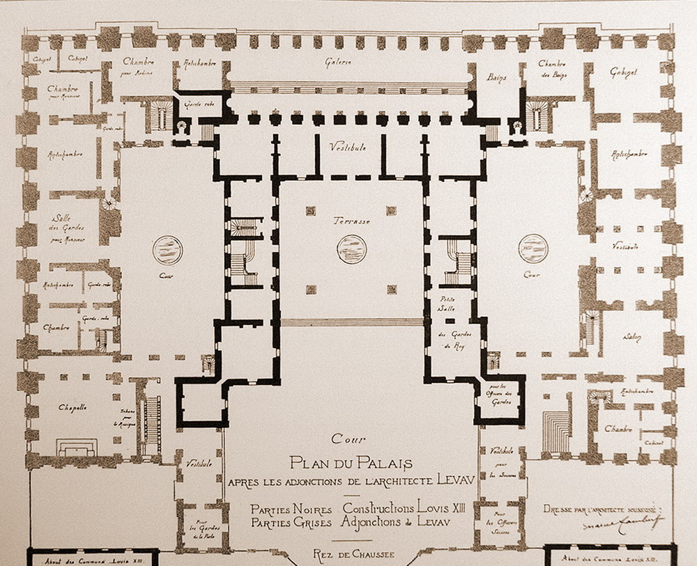Figure 44 floor plan of versailles